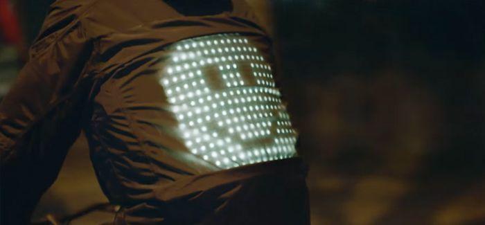 La Smart Jacket de Vodafone para ciclistas