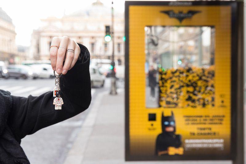Promoción Lego Batman en Marquesinas de autobús