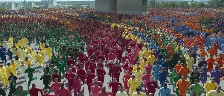 Anuncio de Apple - Color Flood