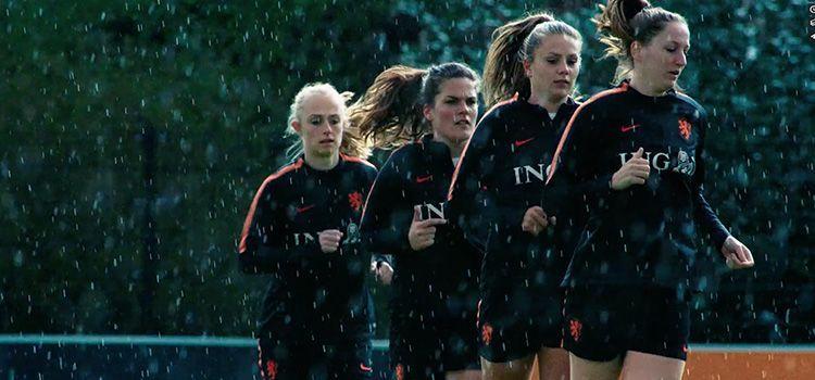 Anuncio de ING Fútbol Femenino