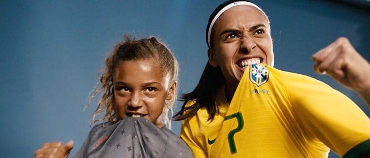 Anuncio de Nike para el fútbol femenino | Dream Further