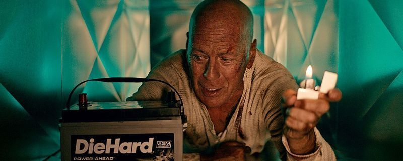 Bruce Willis como John McLane | Die Hard