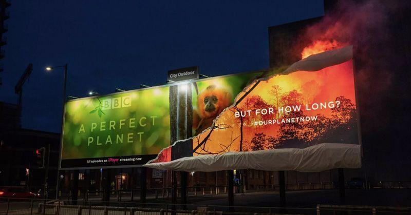 BBC quema valla de publicidad